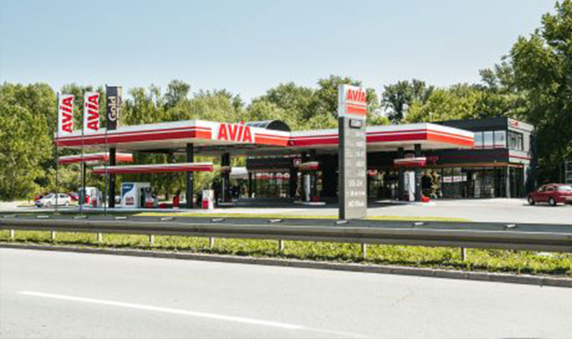 Gas station's new look and the new AVIA concept, a benchmark in oil industry